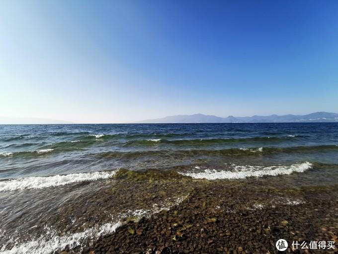 抚仙湖的水非常的清澈