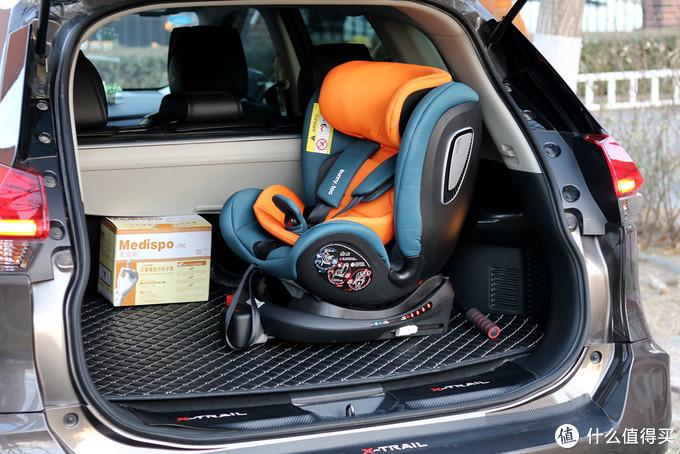 两只兔子宝宝安全椅评测,支撑腿安装360度旋转,搭载智能系统