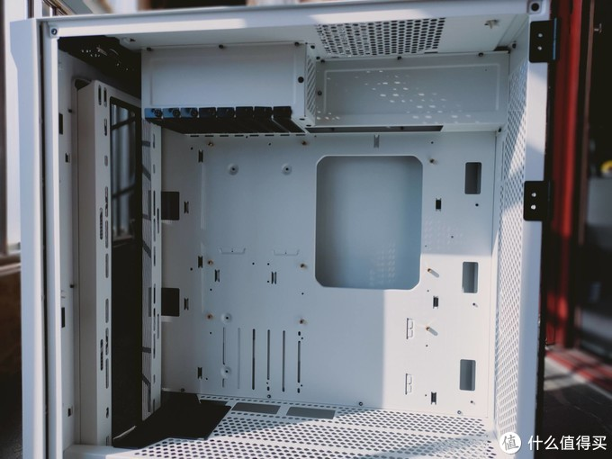 鑫谷开元T1装机体验测评:怎么把30系显卡显露出真面目?