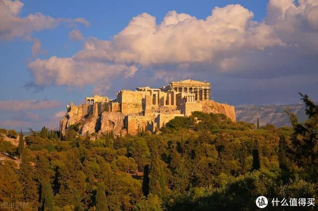《古希腊文明的光芒》:在波澜壮阔中俯瞰古希腊文明之光