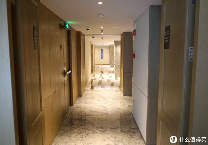 比丽思卡尔顿更高冷的存在?重庆万豪行政公寓体验