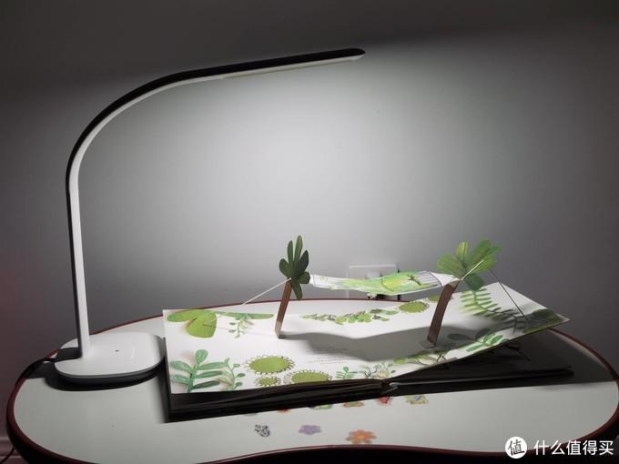 功能强、设计美、性价比高——米家飞利浦台灯3