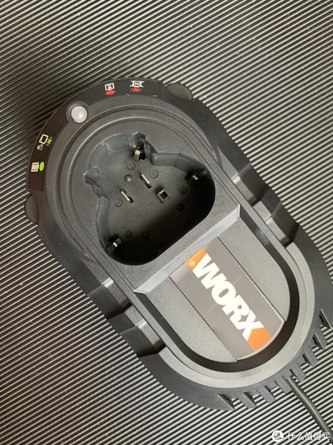 颜值与性能兼顾——威克士无线电锤WX382.8