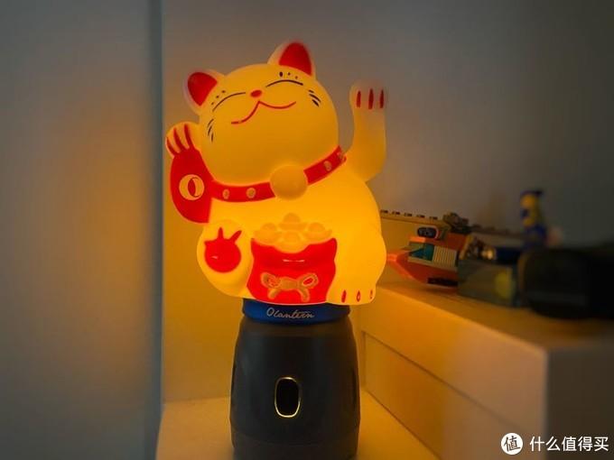 OLIGHT傲雷兰灯个性化配件——会发光的招财猫