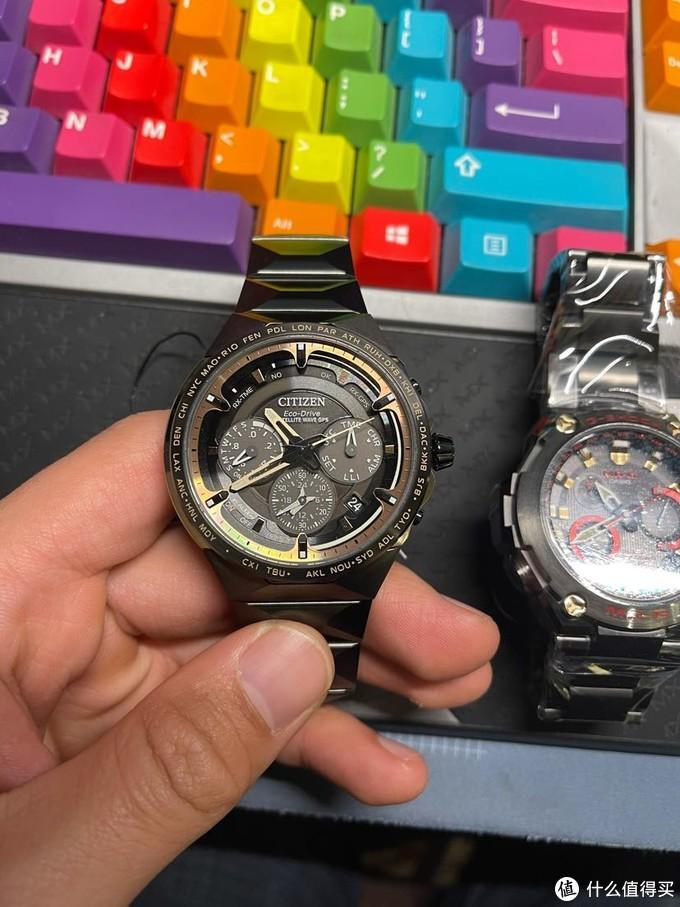 2选1 心急在线等,这两个黑乎乎的gps电子表大家觉得哪个更适合日常戴,顺便首发个CC4025