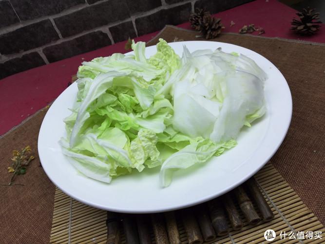 醋溜白菜看似简单,实难操作,对火候调味要求极高