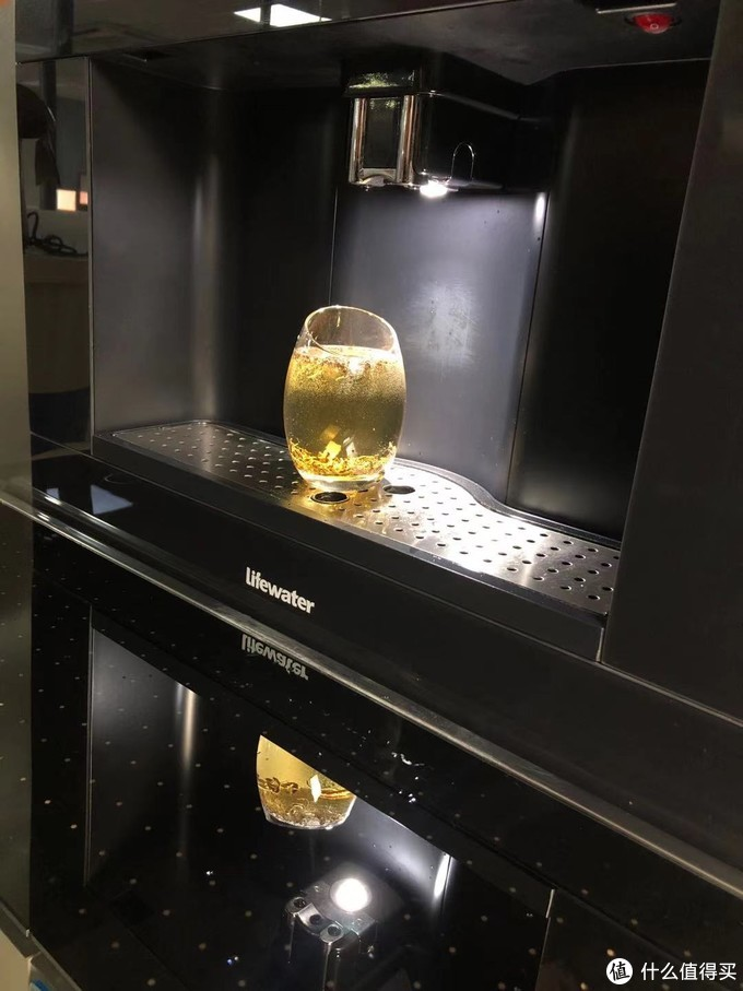 新房幸福感提升神器—LifeWater饮水机