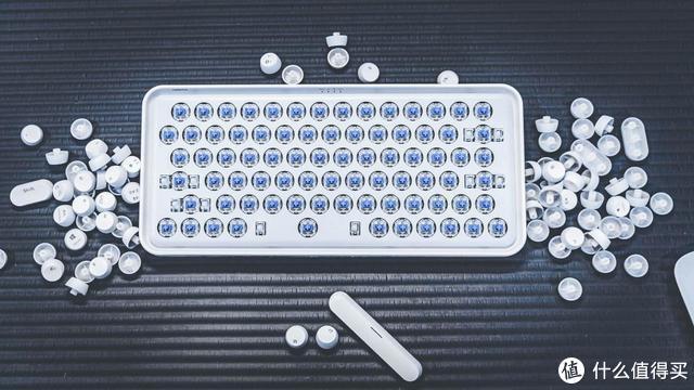 颜即正义!女生也爱的雷柏ralemo Pre 5慕斯机械键盘