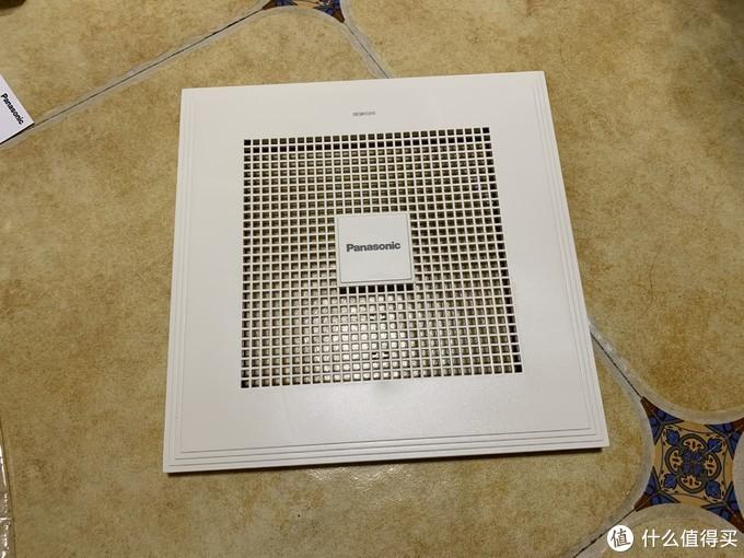 换气扇的钱不能省 - 松下Panasonic FV-RC14G1换气扇 安装过程