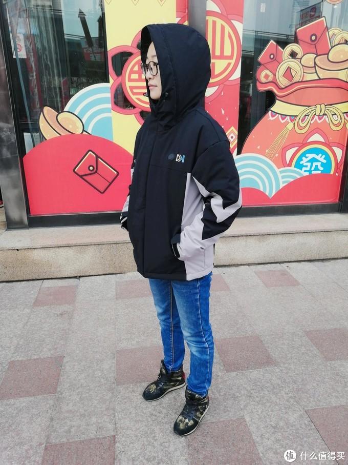 风雪季的户外温暖伴侣,FOOXMET风谜智能温控发热外套