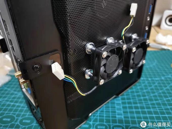 DIY装机经验分享:关于加装机箱风扇的几种固定方法