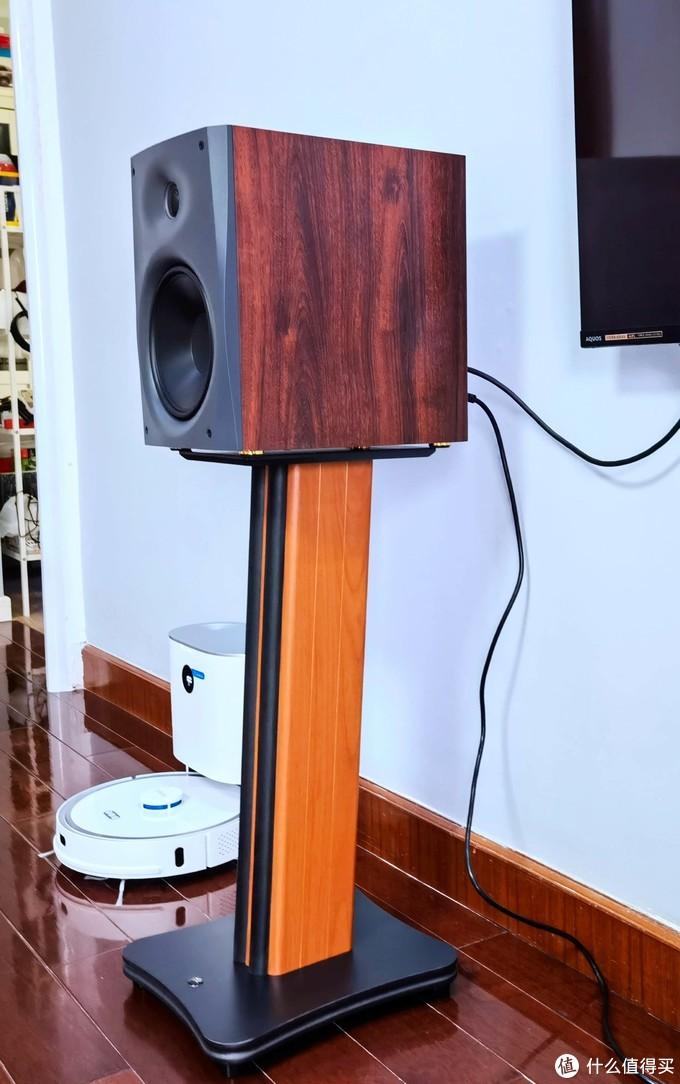 安装简单,声音满意 - 非常适合客厅的惠威D1500 2.0蓝牙有源音箱