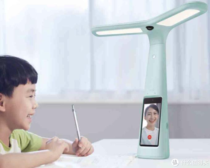 小米有品上新大力智能T5作业灯新春礼盒,集学习机、护眼灯等功能,一物多用!