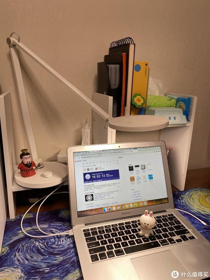 桌面那么大,何必断舍离?细数我家桌面堆积好物!