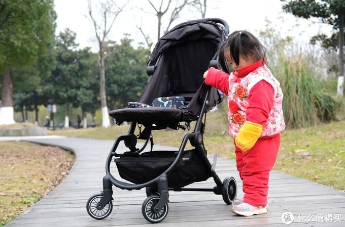 一键收车,一甩即开---惠尔顿星语轻便婴儿伞车/推车晒单-2021-02