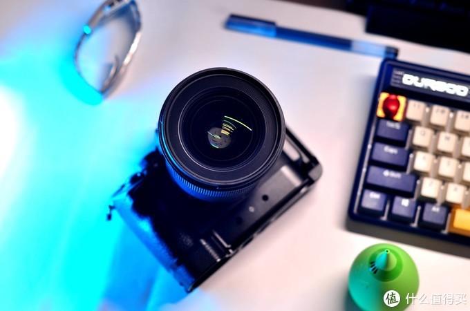 换了索尼相机之后,我入手的这些好用的镜头!