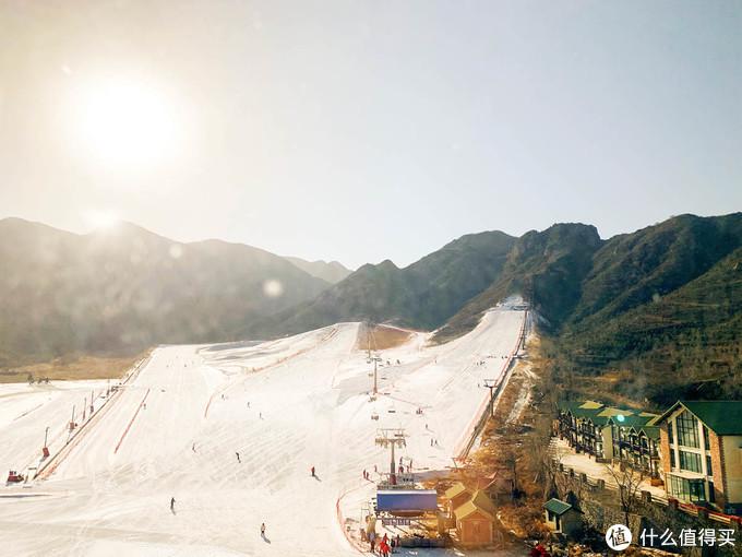 八达岭滑雪场全貌