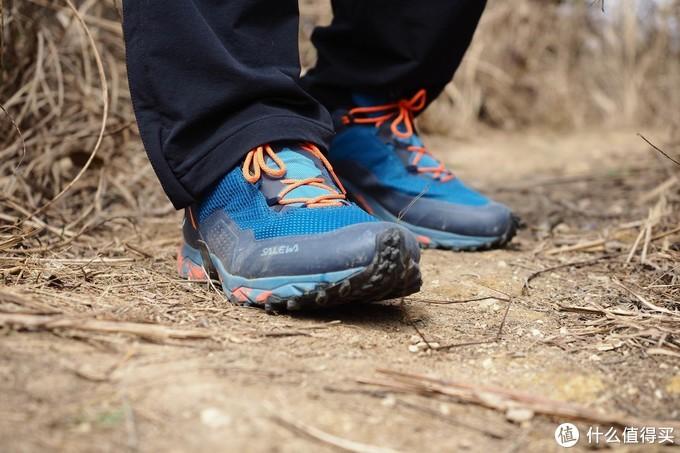 超乎预期的脚感,2021年的越野就交给它了-salewa沙乐华GORE-TEX越野跑鞋上脚体验