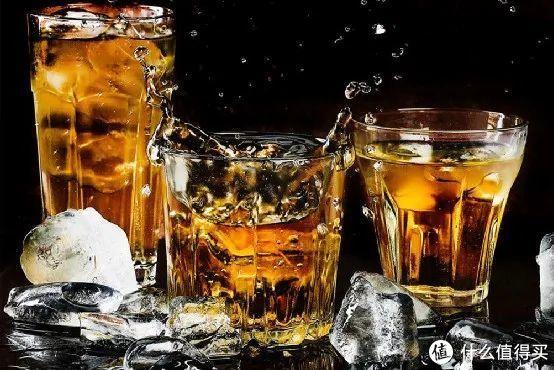 都说威士忌兑水更好喝,到底应该怎么兑?