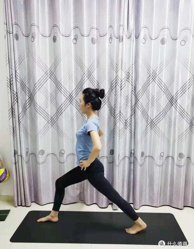 当孕期遇上春节假期,10个简单舒缓的孕妇瑜伽动作宅家练起来