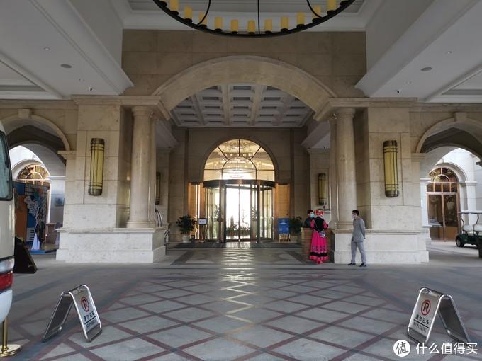 酒店大堂入口