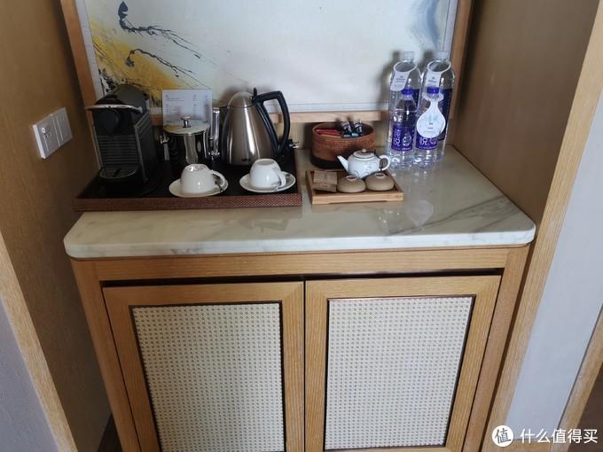 茶包、饮用水、茶壶、咖啡机