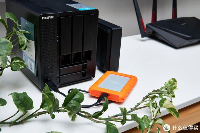 高颜值的数据保险箱,户外旅拍的良伴—LaCie Rugged USB-C 三防移动硬盘