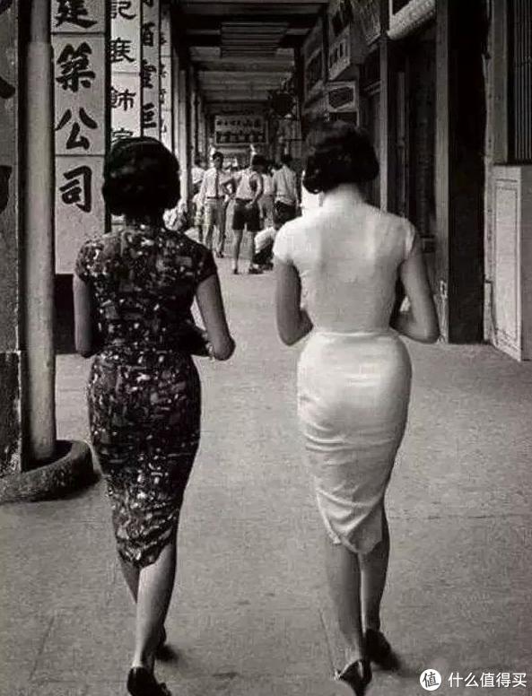 强烈建议大家多穿旗袍,显身材的功力不是盖的!