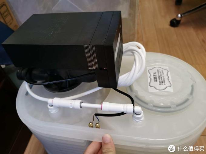 可能最小的软水机?省盐 60%,省水 80%,斯芙特 H2000 开箱