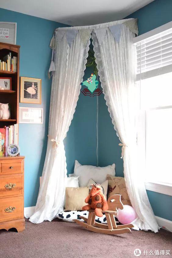 窗帘式的天蓬,既简单又实用