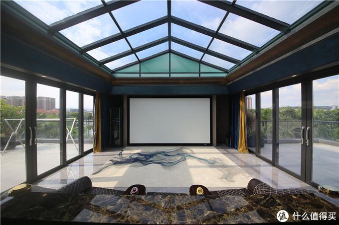 玻璃空中影院,新颖且独特的视听体验