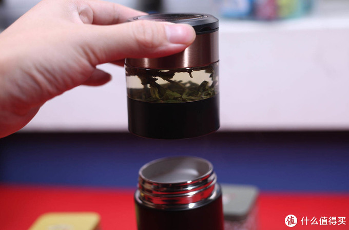 重力锁水,智能数显,特美刻茶水分离杯测评