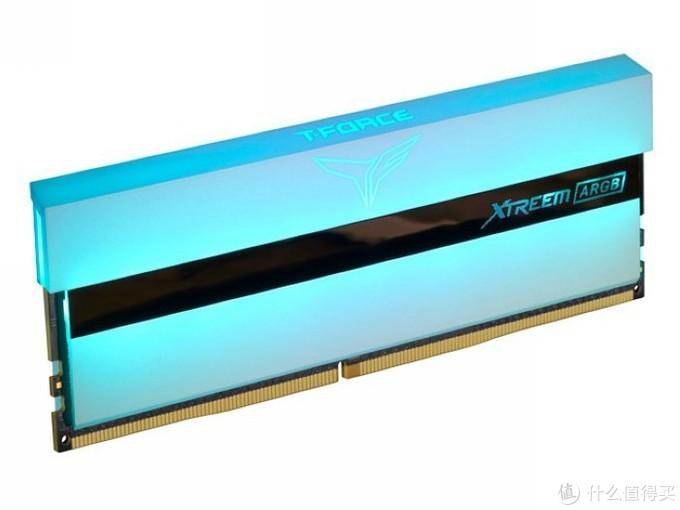 """白色风继续刮:十铨发布""""梦境""""白色DDR4内存和""""雪境""""固态硬盘"""