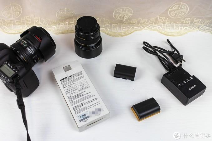 佳能单反电池充电好伴侣——XTAR VN2单反相机电池充电器轻体验