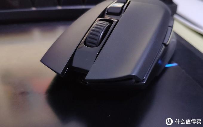 满身槽点的双模充电无线鼠标:多彩M522GL测评