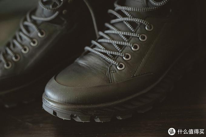 鞋头还是能看见ECCO当家的一体成型黑科技
