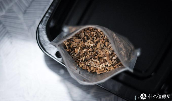 人间烟火气都在一口里,用烟熏烤箱解锁超香的小羊排