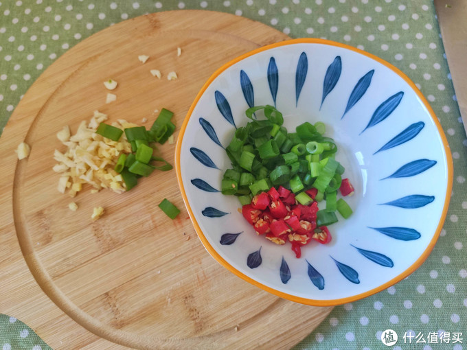 春节家宴必点菜,酸汤肥牛金针菇,酸辣过瘾好吃简单,荤素搭配