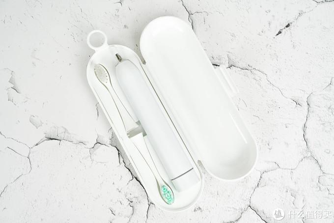续航持久更省心 旅行携带更方便 同同家声波电动牙刷礼盒版体验