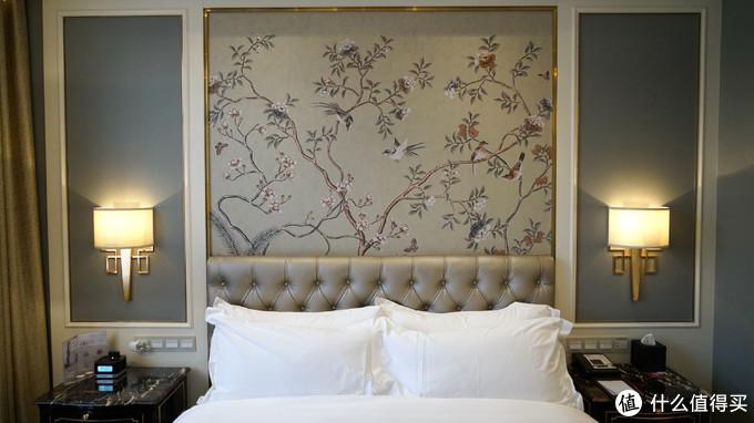 这家厚道又便宜的皇冠假日酒店非常值得一住