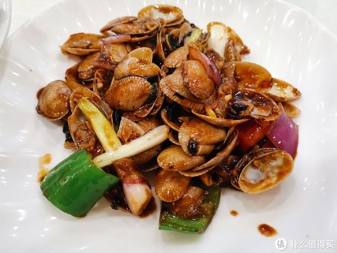 在广州这家叫南兴饭店的老字号,让我吃到了地道的烧鹅