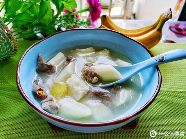 春节,大鱼大肉吃多了,记得给家人做这道汤,酸辣开胃,汤鲜味美