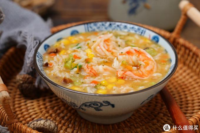 年夜饭吃得太油腻,来碗蔬菜海鲜粥,清淡营养还能缓解肠胃不适感