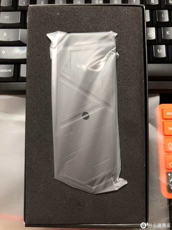 华硕 ROG幻影STRIX ARION M.2硬盘盒 简单开箱评测