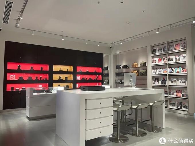 徕卡相机沈阳唯一一家精品店入驻中兴商业大厦