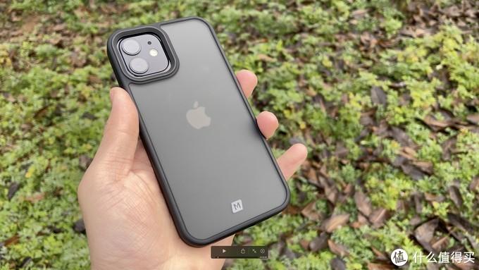 500元的苹果官方套是智商税吗?对比5元-500元的iPhone保护套