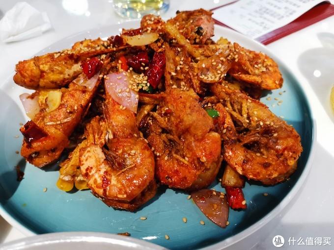 这家获得广州米其林推荐的新派川菜餐厅:通巷六号,值得吃吗?