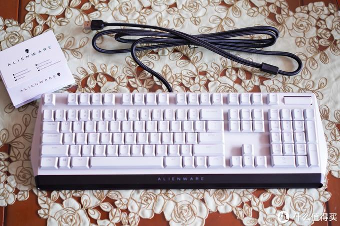 1699元买个跑马灯?外星人机械键盘值不值得买?外星人AW510K CHERRY矮红轴