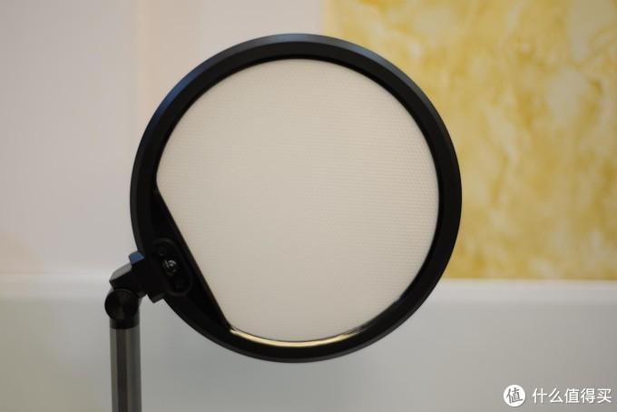 适合孩子的LED护眼台灯,智能功能更是锦上添花——飞利浦轩坦护眼台灯众测