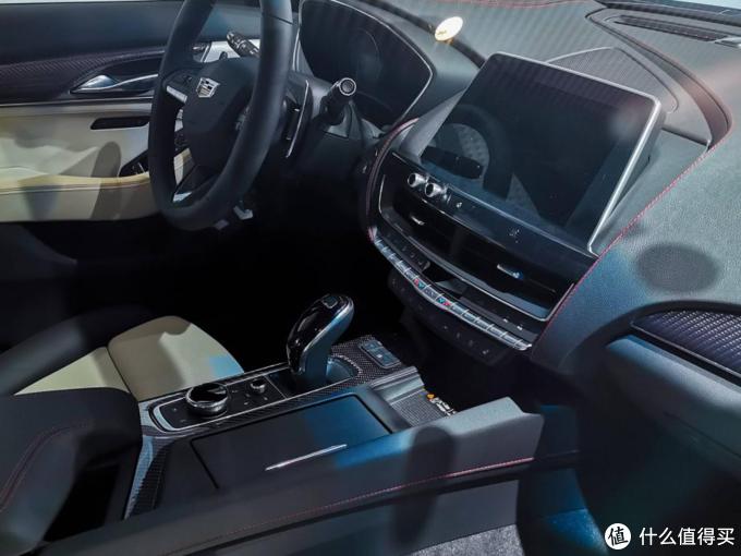 25w预算也能买豪华品牌B级车?凯迪拉克CT5真就比325Li低10万